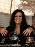 LADY MORGANA AVALLONE at Psychics.com