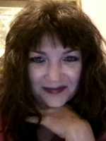 Psychic Medium Beth Layne at Psychics.com
