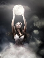 Medium specialist in love and relationships at Psychics.com